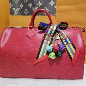 💯%authentic Louis Vuitton speedy 40 epi red